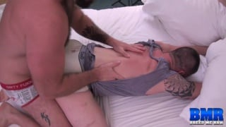 Luke Harrington bare fucks Russ Magnus
