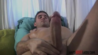 steve hooper wanks his big cock