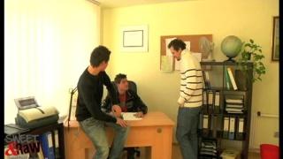 2 guys break into an office for head