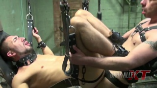 Gaston Croupier bare fucks Aaron Steel in sling