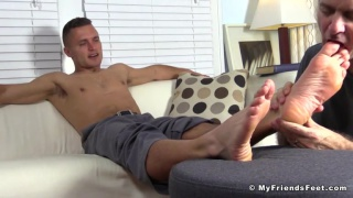 rich worships tommy's hot bare feet