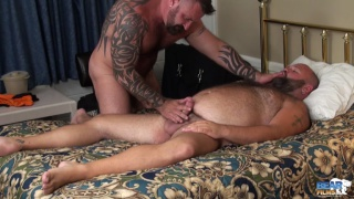 hairy bear gets handjob from muscle daddy