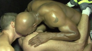 bottom services italian and black dick at same time