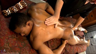 black hunk gracen gets an erotic massage