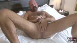 sexy daddy Antonio Molinas beats off