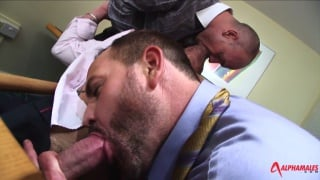 Kurt Rogers fucks jake ryder in office threeway