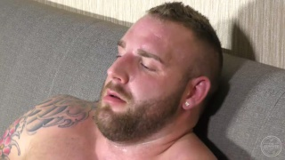 big beefy straight guys gets naked and masturbates
