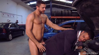 executive gets fucked by his mechanic
