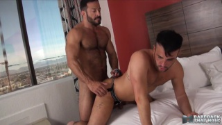 Vinnie Stefano bare fucks Alex Mason