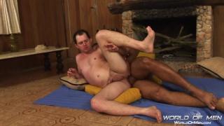 Brazilian hunk Mateus Axel fucks ass in his cabin