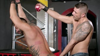 max Toro dominates Martin mazza