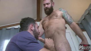 bearded daddy fucks a hot bearded cub