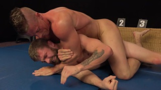 naked wrestlers Tomas Decastro and Nikol Monak