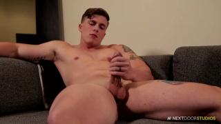 muscle hunk Conan McGuire joins next door male