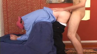 Older man pay straight guy to fuck his ass