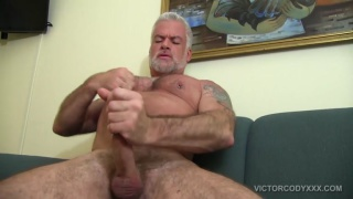 silver daddy jake marshall beats off