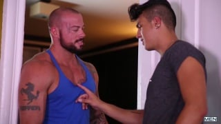 Leo Fuentes and Sean Duran fuck in hotline