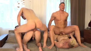 4 czech studs fucking in couch fourway