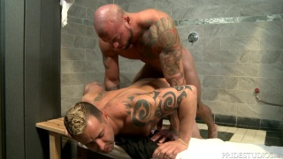 Sean Duran fucks Kaleb Kessler in the shower