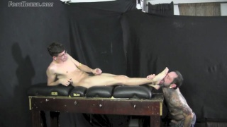 23-year-old Bruno gets his bare feet worshipped