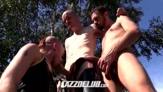 Kieron Knight blows AJ Alexander and Koldo Goran