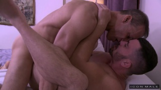 daddy gets full-service massage from his room mate