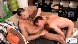 Issac Jones fucks Jake Reed's hot ass