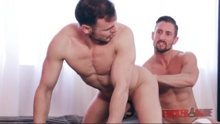 sexy muscled mates have a hot flip-flop session