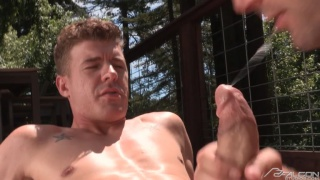 Wesley Woods blows JJ Knight outdoors