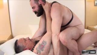 Jimmy Conrad fucks bearded daddy Steve Sommers