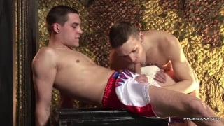 boxer Jack Bloom takes a 9-inch dick up his ass