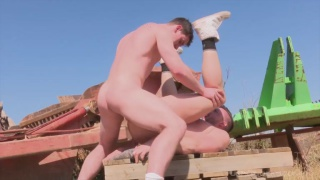 Sam barclay gets his ass fucked on construction site