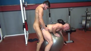 Scott DeMarco and Scott Riley bare fuck in the gym