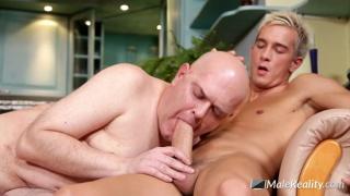 blond twink fucks a bald daddy
