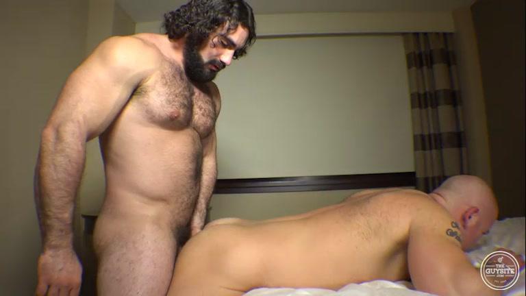 Schwule bald Pornos Feuchte schwarze Muschi