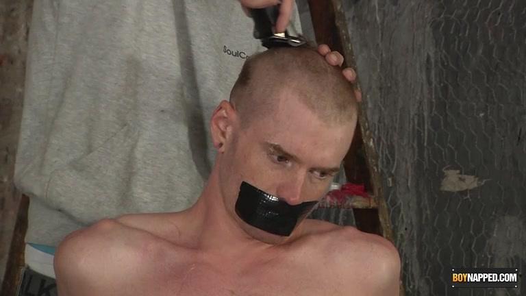 Shaving fetish head