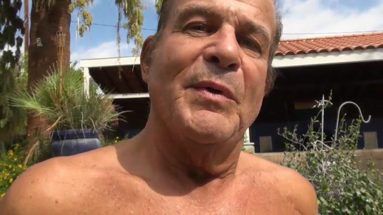 Nud girls i paradise hotel