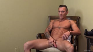 sexy muscled guy jacks his cock in his first video