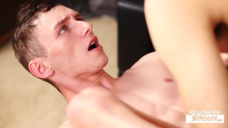 guy strips his personal trainer room mate & gorges on his big cock