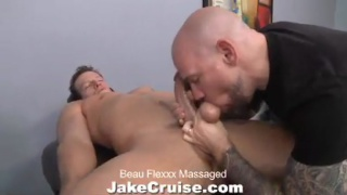 Beau Flexxx gets massage and sucked off