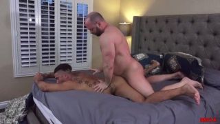 beefy daddy fucks a muscle hunk's ass
