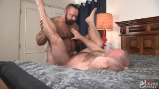 beef hairy top man fucks a daddy's horny ass