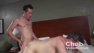 slim guy fucks a heavier & older man