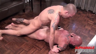 hung inked top fucks a daddy face down on the floor