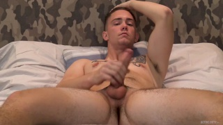guy doesn't take long to get his big cock nice & hard