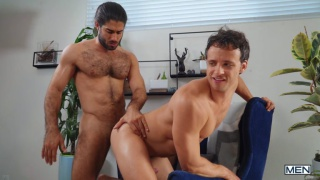 bottom takes a hard & deep pile-driving from from latin hunk