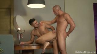 bearded spanish guy opens wide & swallows dutchman's huge cock