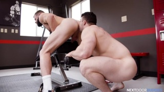 Beefy Muscle Boy Eats Out Inked Stud's Ass Before Fucking