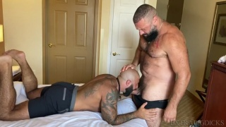 Muscle Bear Gets Creampie in his Hairy Hole