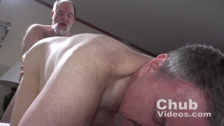 married chub gets his smooth ass fucked doggy style
